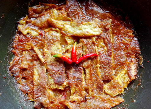 omelette-curry by foodsfunda.com