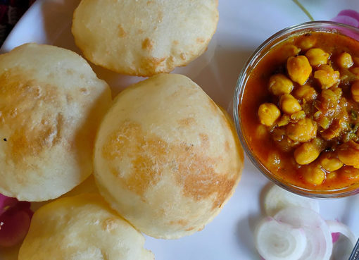 Chole-Bhature | foodsfunda.com